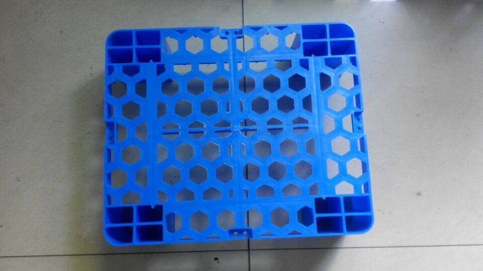 可组装可拼接塑料托盘